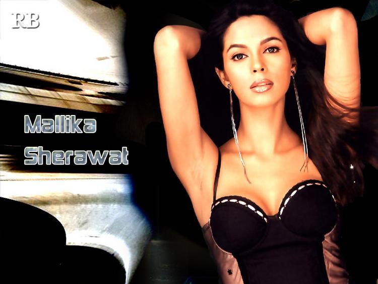 Hot Actress Mallika Sherawat Wallpaper
