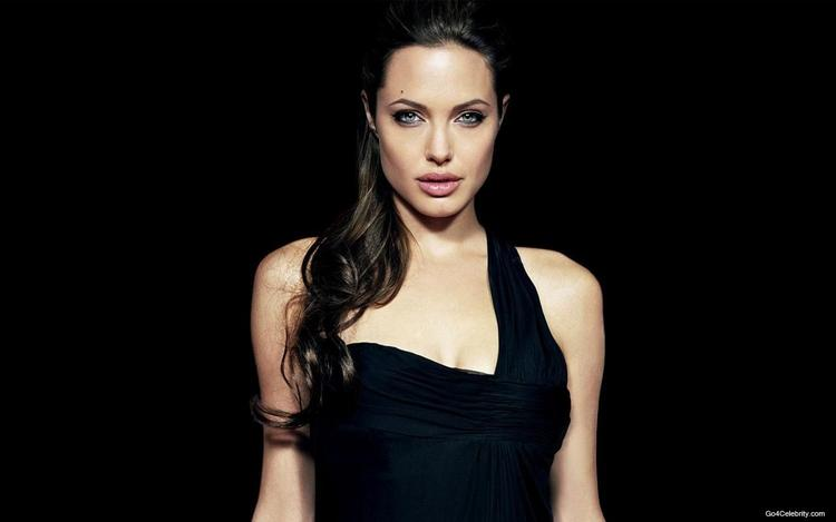 Hot Angelina Jolie Wallpaper