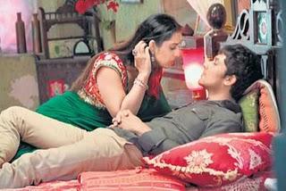 Hot Mahi Gill Sahib Biwi Aur Gangster Romance Picture