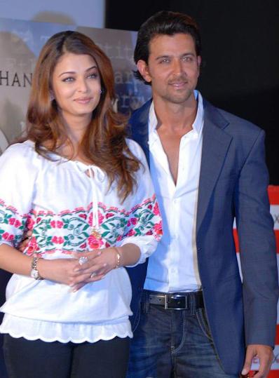 Hrithik Roshan and Aishwarya Rai Beauty Still