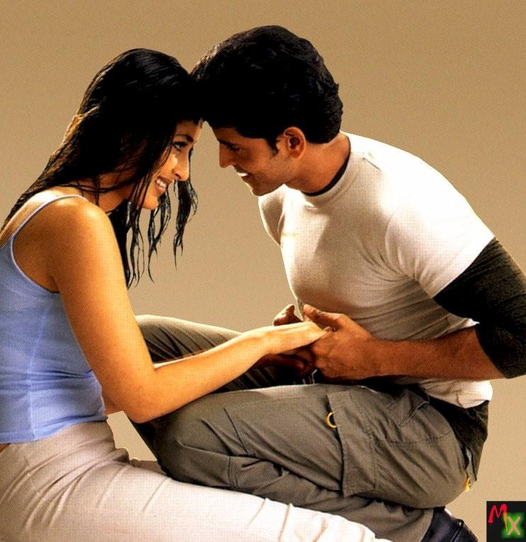 Hrithik and Kareena Wallpaper Pic With Romance