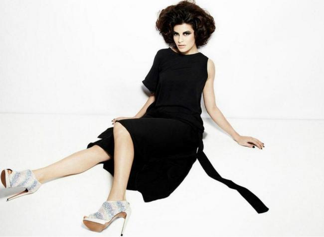 Jacqueline Fernandez Hot Photoshoot for Verve Magazine