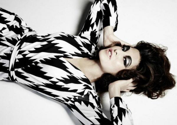 Jacqueline Fernandez Hottest Photoshoot for Verve Magazine