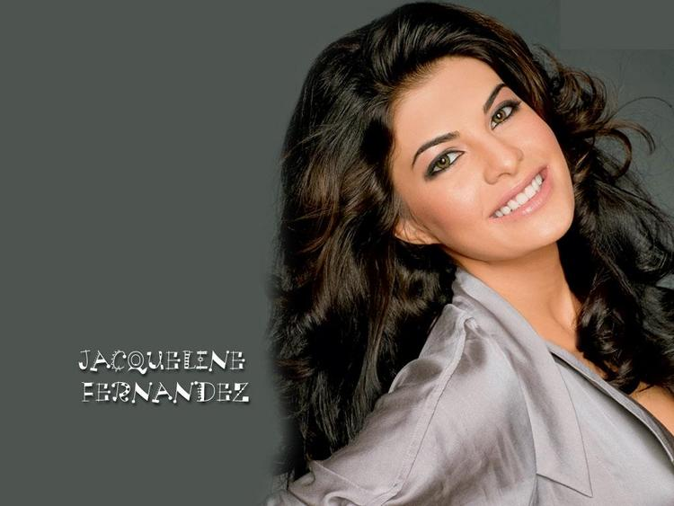 Jacqueline Fernandez Smily Face Wallpaper