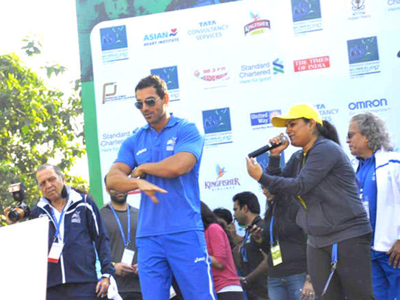 John Abraham at Standard Chartered Mumbai Marathon