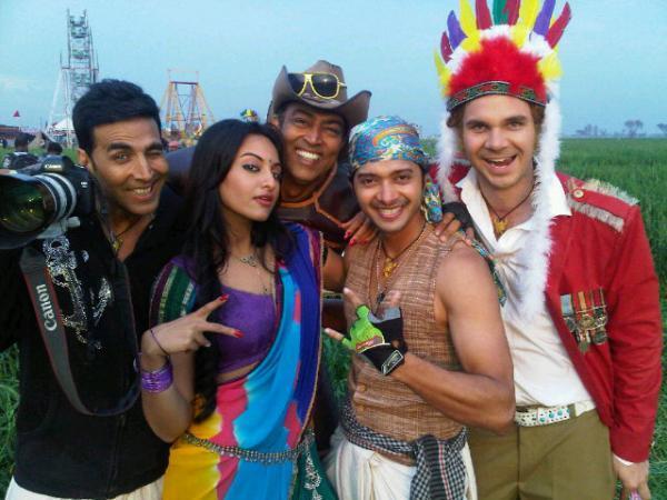 Joker Sets: Akshaya, Sonakshi, Vindu & Shreyas