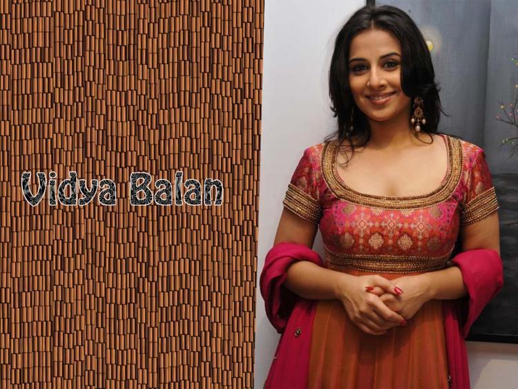 Kahani Girl Vidya Balan Image