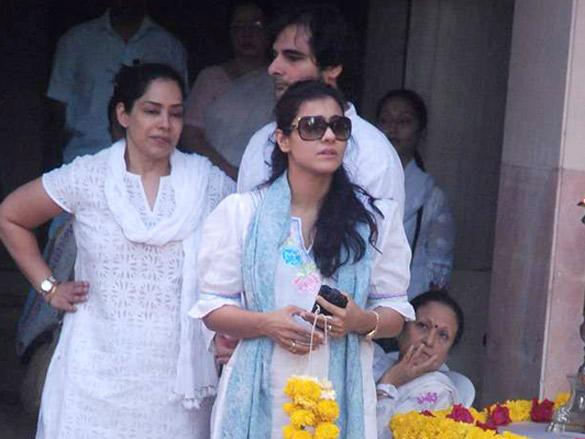 Kajol Devgan At Her Uncle Joy Mukherjee Funeral