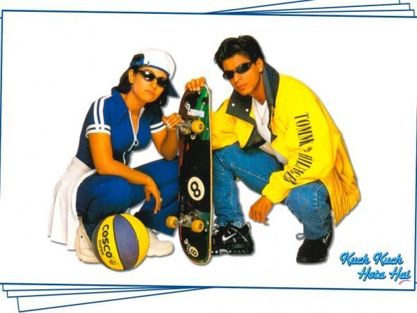 Kajol Devgan and SRK in Kuch kuch Hota Hai Wallpaper