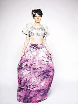 Kangana Ranaut Beautiful Dress Pic On Verve India April 2012