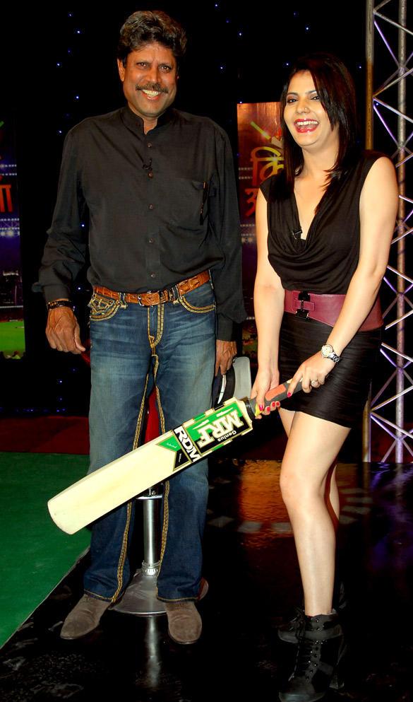 Kapil Dev Snapped at Cricket Show For Aajtak TV