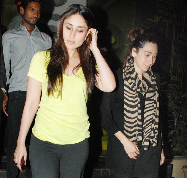 Kareena,Karishma Kapoor Glorious Photo