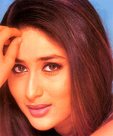 Kareena Kapoor Beautiful Gorgeous Eyes Wallpaper