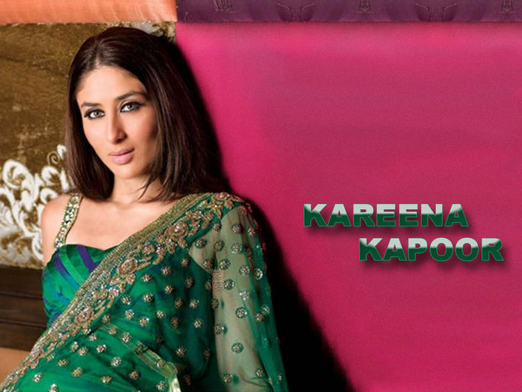Kareena Kapoor Beauty Face Look Wallpaper
