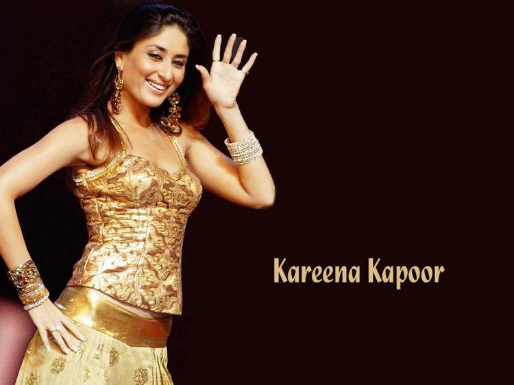 Kareena Kapoor Dance Pic Gorgeous Wallpaper