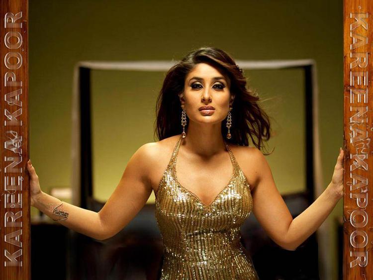 Kareena Kapoor Don Movie Hottest Wallpaper