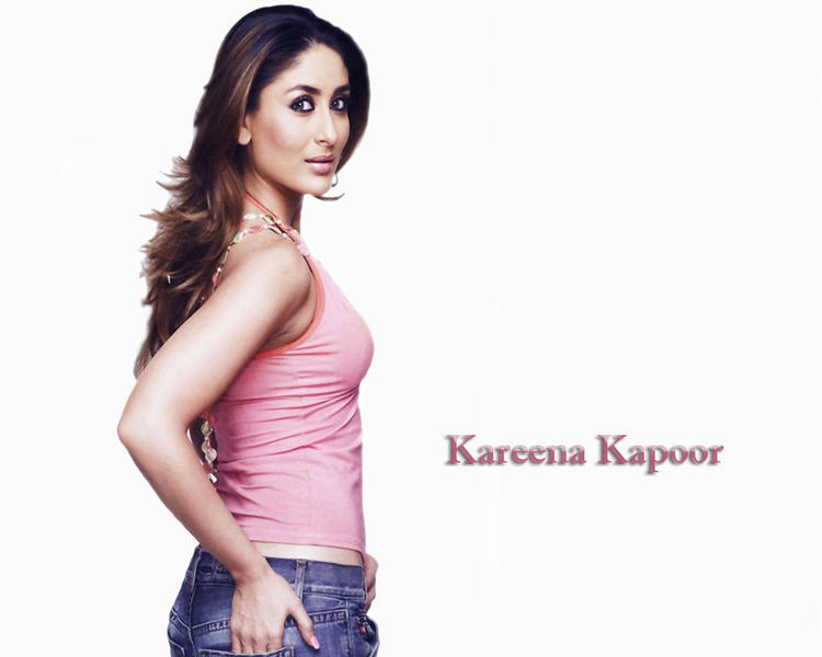 Kareena Kapoor Look Hot With Pink Tops and Jeans
