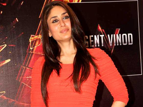 Kareena Kapoor Promote Agent Vinod at Phoenix City Mall