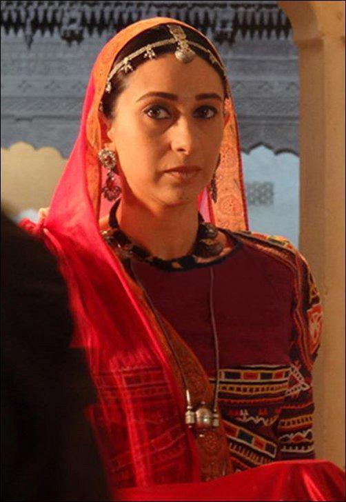 Karishma Kapoor In Rajasthani Dress Pic On Dangerous Ishhq Sets