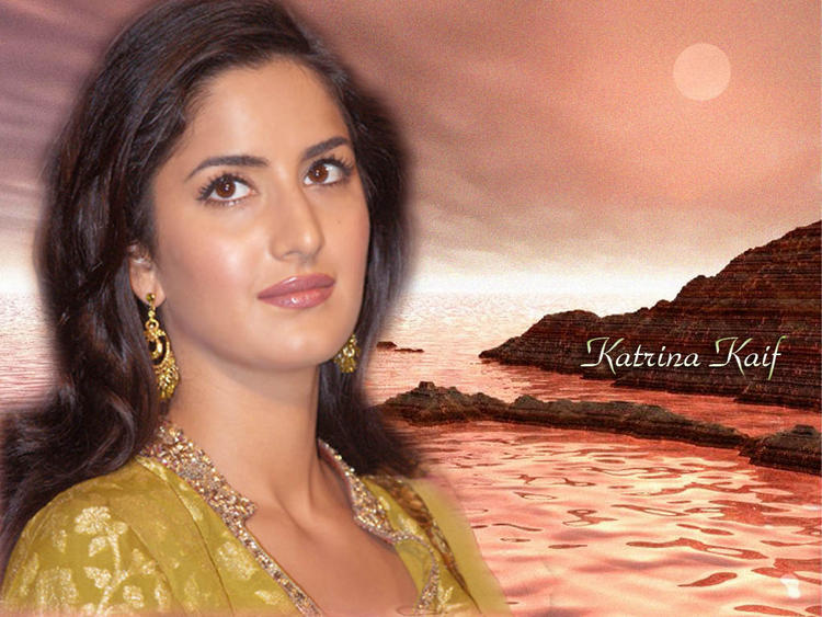Katrina Kaif Glam Face Wallpaper