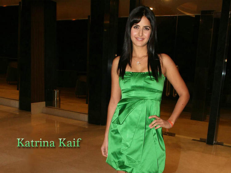 Katrina Kaif Open Boob Show Glamour Still
