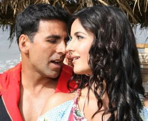 Katrina Kaif and Akshay Kumar Romantic Song Still In Welcome