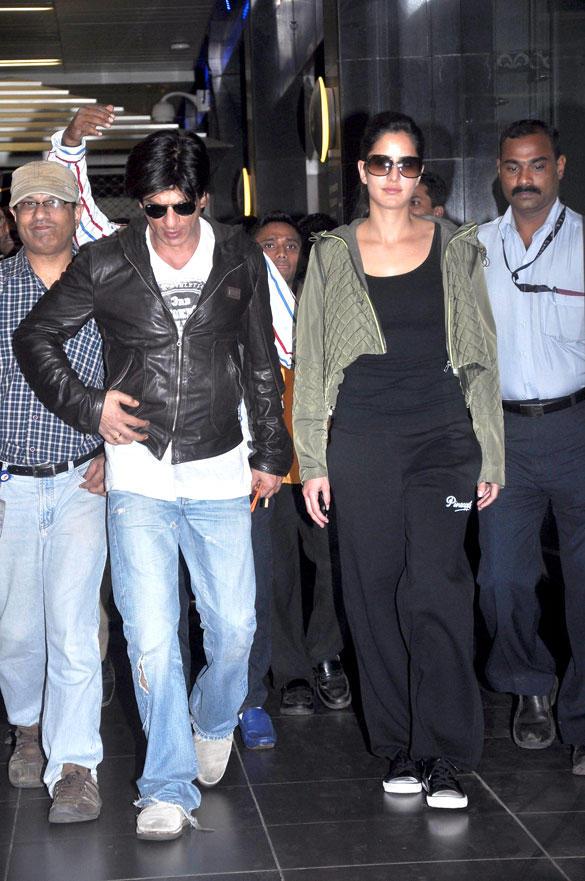Katrina and Shahurkh Khan Spotted at Airport