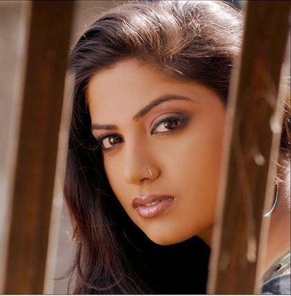 Kavita Radheshyam Glamour Face Look