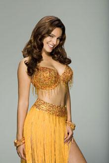 Kelly Brook Amazing Dress Sweet Pose Photo Shoot