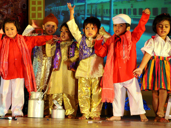 Kids at Peek-A-Boo Concert  Mumbai Meri Jaan 2012