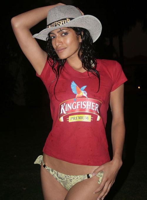 King Fisher Girl - Tara D'souza