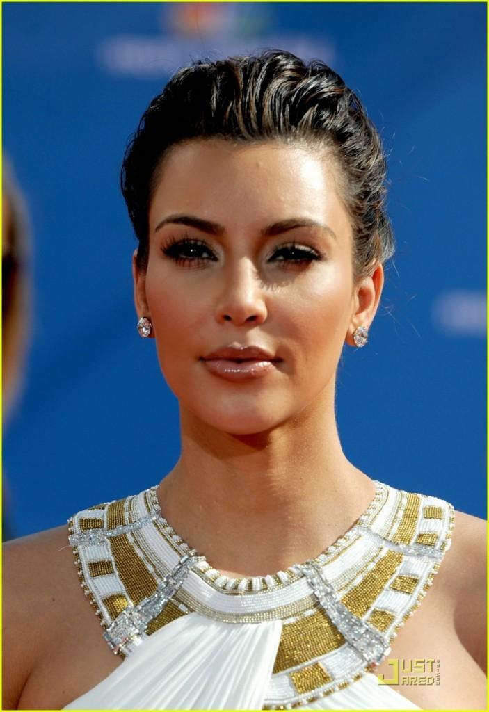 Kim Kardashian Latest Hair Style Glamour Still