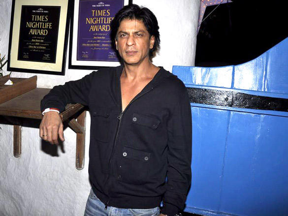 King Khan at Dabboo Ratnani's 2012 Calendar Launch