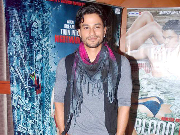 Kunal Khemu Cute Smile Pic at Blood Money Promotional Event