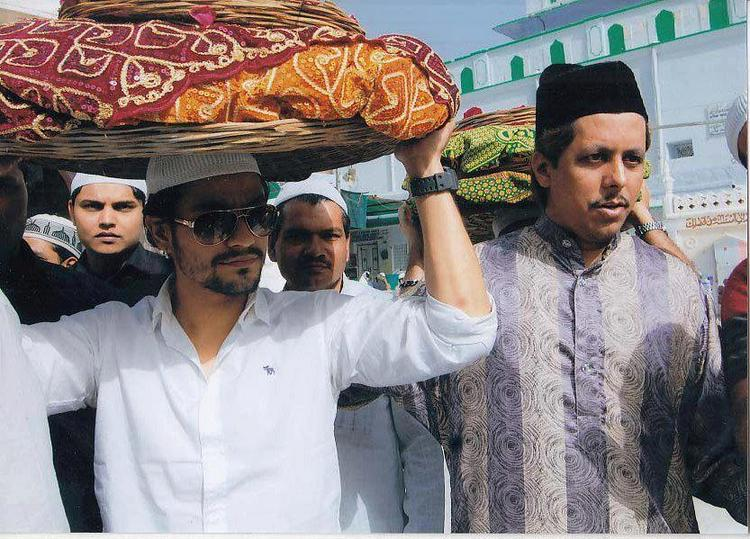 Kunal Khemu at Ajmer Sharif Dargah