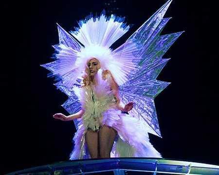 Lady Gaga Amazing Dress Pic