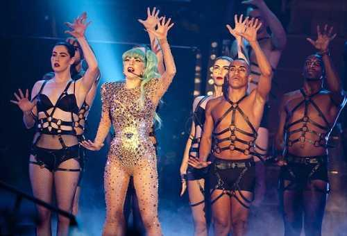 Lady Gaga Hot Performance On The Stage