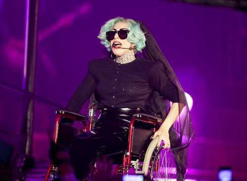 Lady Gaga Perform on Wheelchair