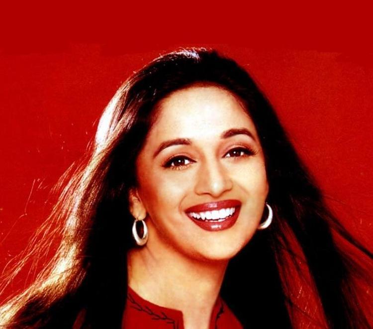 Madhuri Dixit Beauty Gorgeous Smile Wallpaper