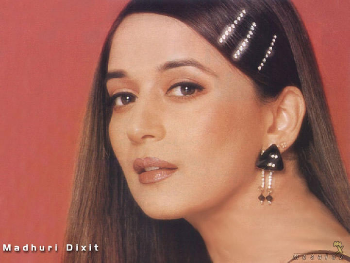 Madhuri Dixit Romantic Face Look Wallpaper