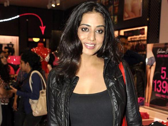 Mahi Gill at La Senza store inauguration