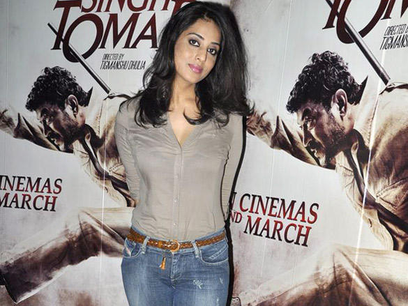 Mahie Gill promotes Paan Singh Tomar