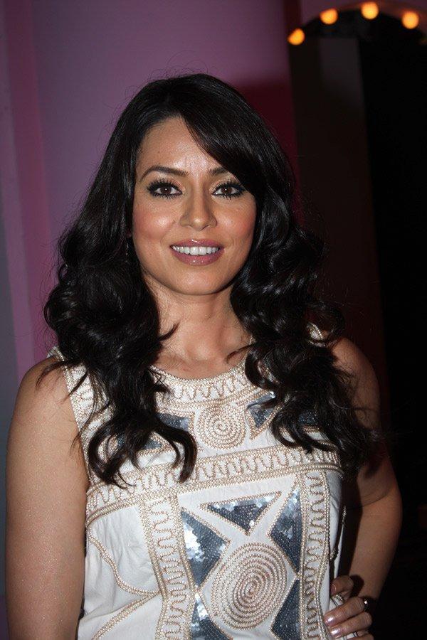 Mahima Chaudhary Black Hair Glamour Still