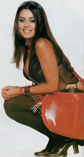 Mahima Chaudhary Sexiest Pose Wallpaper