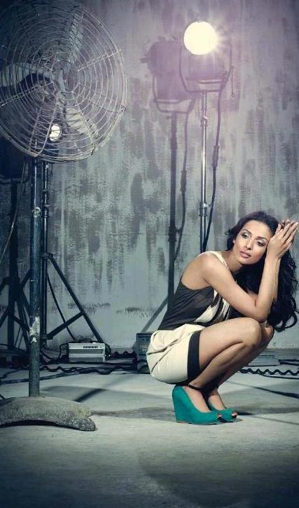 Malaika Arora Khan Spicy Photo Shoot For Cosmopolitan India