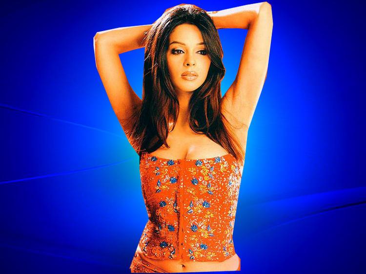 Mallika Sherawat Background Blue Sexy Wallpaper