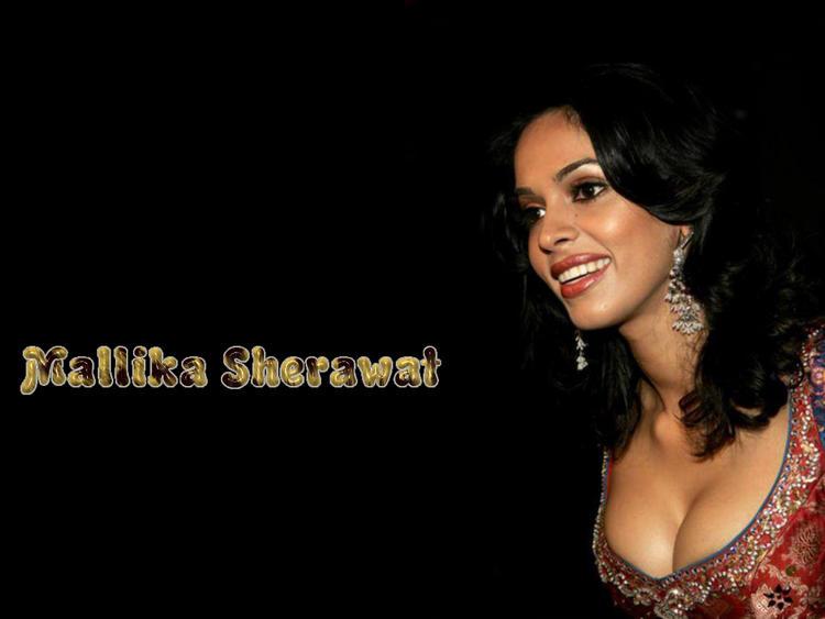 Mallika Sherawat Open Boob Show Wallpaper