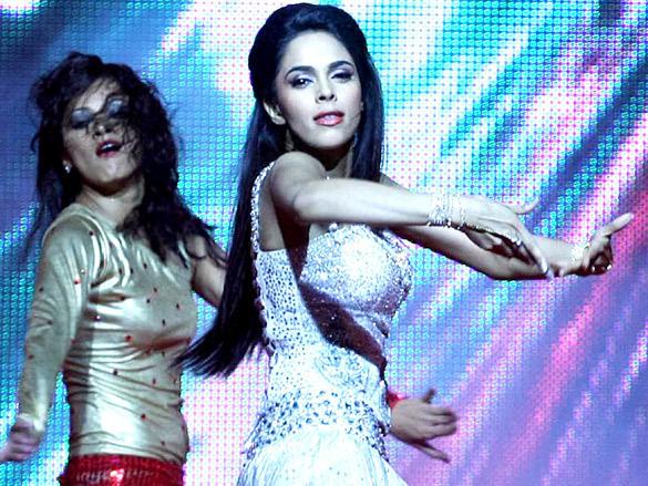 Mallika - Sexy Moves - 2012