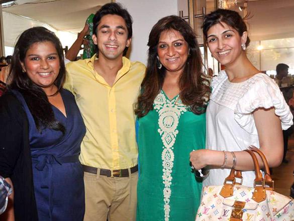 Mana Shetty and Sharmilla Khanna's Araish exhibition