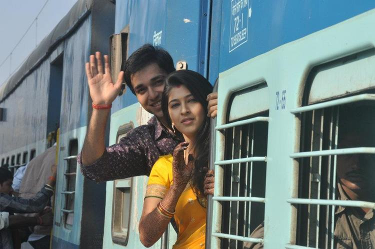 Manan and Abhilasha from Tum Dena Saath Mera on Life OK